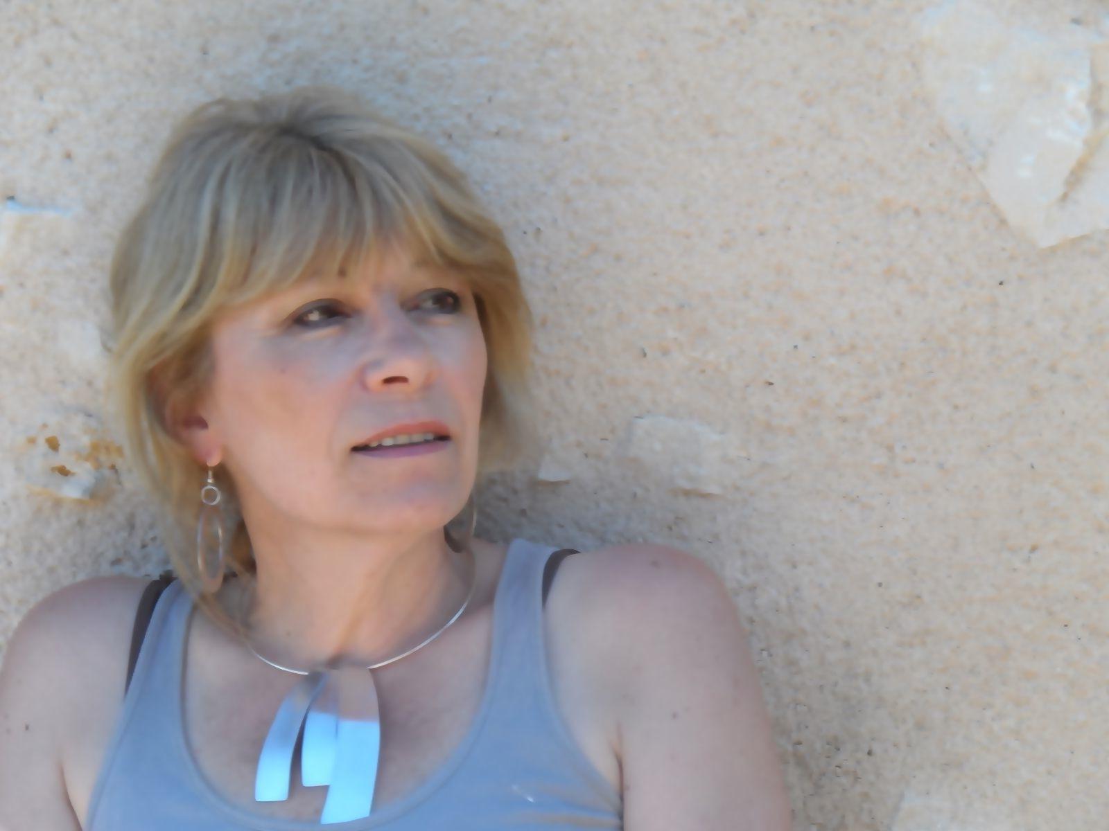 Myriam Paramelle, créatrice de bijoux et peintre